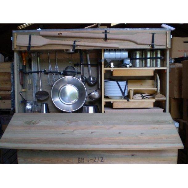 Køkkenkasse til feltkomfur