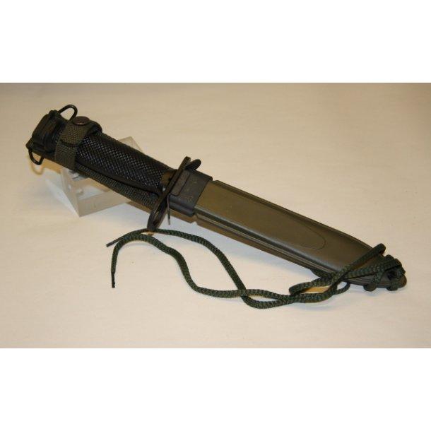 US bajonet M7 (Colt 16).