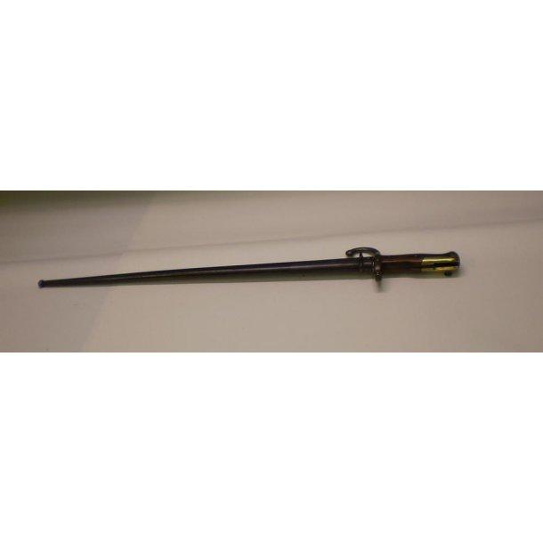 Fransk Berthier 1874 bajonet komplet med skede.